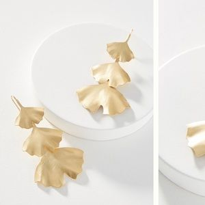 Anthropologie Gingko leaf drop earring